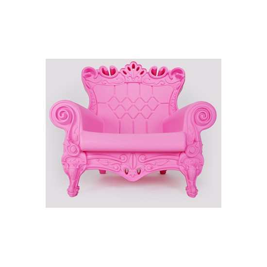 fauteuil little queen of love slide design. Black Bedroom Furniture Sets. Home Design Ideas