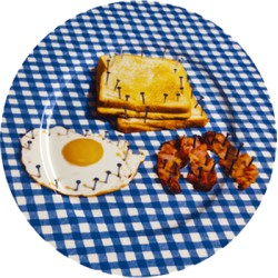 Assiette porcelaine BREAKFAST TOILETPAPER with SELETTI